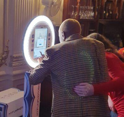 Selfie Pod Christmas